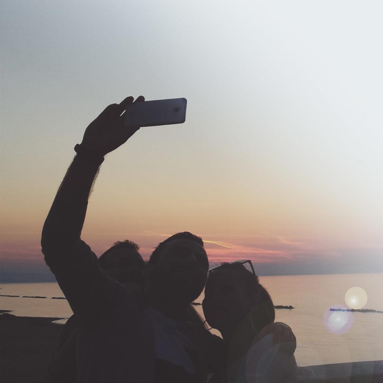 un selfie al tramonto a termoli