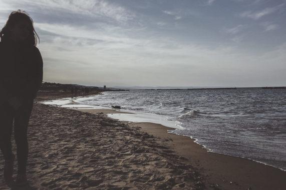 in riva al mare d'inverno