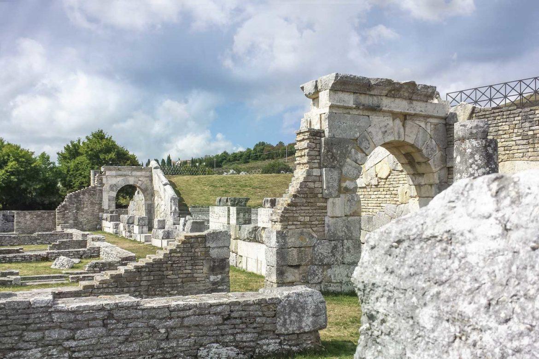 Un itinerario nell'Alto Molise: Pietrabbondante, Vastogirardi, ed Agnone … con Federico e Sveva!