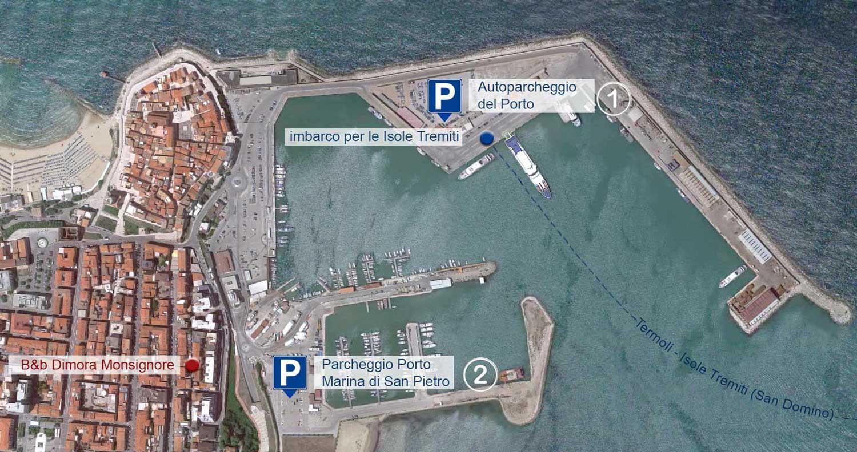 Parcheggio a Termoli vicino all'imbarco per le Isole Tremiti.