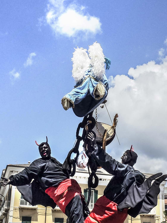 La sfilata dei Misteri a Campobasso nella festa del Corpus Domini